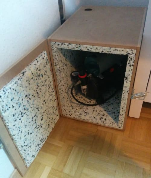 DIY soundproof box