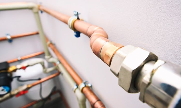 How to Quiet Noisy Vibrating and Rattling Water Pipes