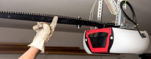 garage door opener with tight chain